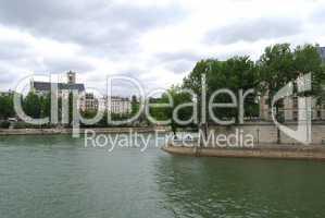 Seine and De La cite island