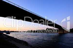 Rheinbrücke bei Speyer