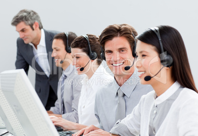 Self-assured customer service representatives