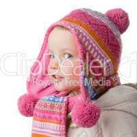 Kind mit Schal und Mütze