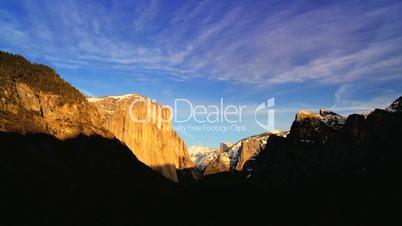 Yosemite- Nationalpark mit Wolkenzeitraffer