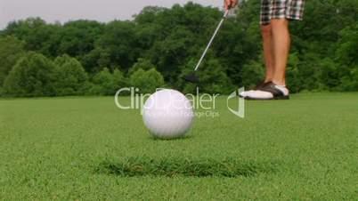 Golfer Sinks Putt 05