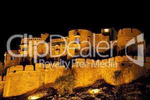 """nachts in Jaisalmer, """"die goldene Stadt"""" in Rajasthan, Indien"""