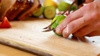 Slicing limes