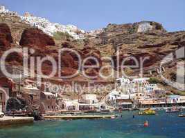 Hafen auf Santorin