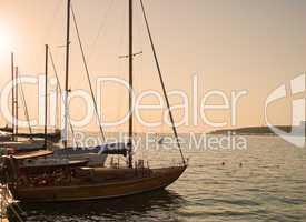 Marine yachts