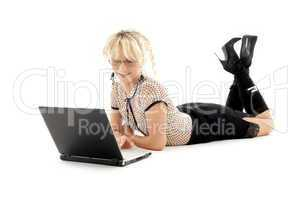 relaxed office lady with laptop