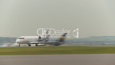 aircraft, Canadair CL-600-2B16 Challenger 604 takeoff