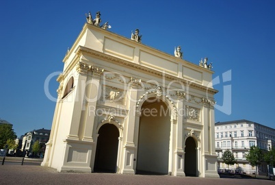 Brandenburger Tor in Potsdam in Weitwinkel Perspektive