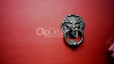 Door Knocker on red Door w. Bump Sound