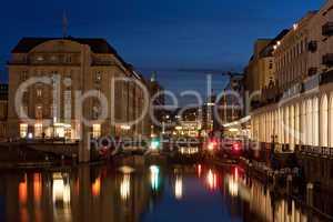 Kleine Alster in Hamburg bei Nacht