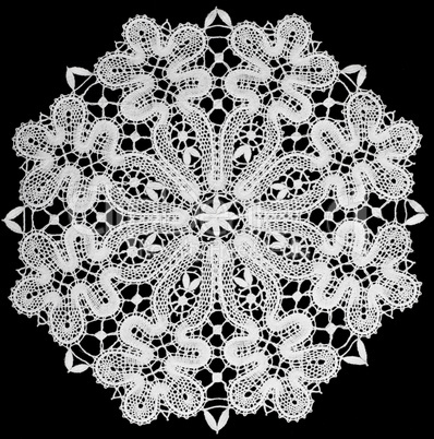 white doily with lace
