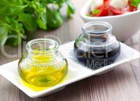 Öl und Essig / oil and vinegar