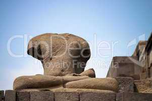 Headless buddha