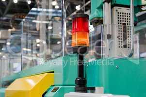 Warnleuchte auf einer Verarbeitungsmaschine Warning light on a