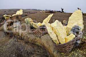 Sulfur baskets