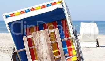 Strandkörbe am Meer - Beach Holidays Concept
