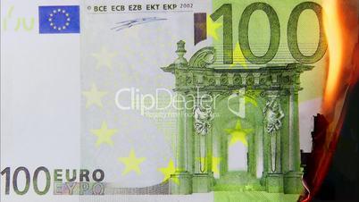 100 Euro Schein brennt - 100 Euro burning