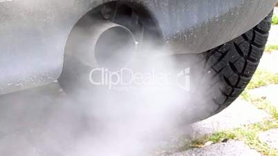 Automobil Abgase - Video - Car Exhaust