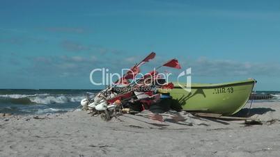 Fischerboot am Meer - Video - Boat at the Ocean