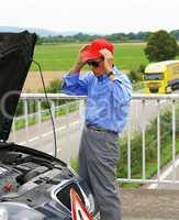 Autopanne auf der Autobahn - Breakdown