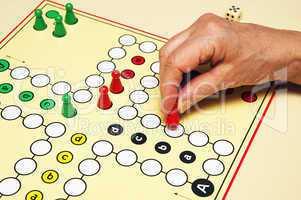 Playing a Game - Gesellschafts-Spiel