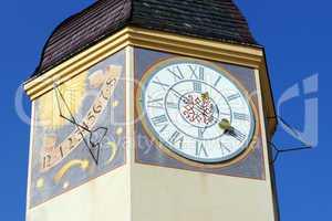 Turm mit Uhr und Sonnenuhr - Clock and Sundial