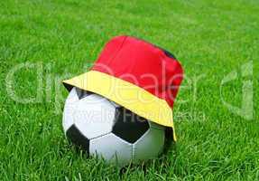 fußball - gras - hut / soccer - grass - hat