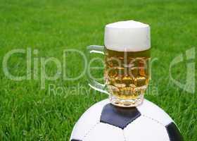 soccer + beer / fußball + bier