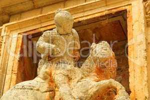 San Pedro de Arlanza Reiterstatue - San Pedro de Arlanza equestrian statue 01