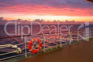 Sonnenuntergang im Meer