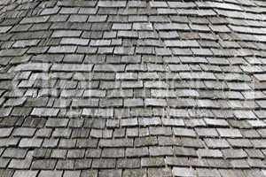 Das graue Holzdach