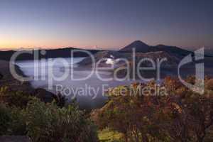 Vulkan Mt. Bromo im Sonnenaufgang