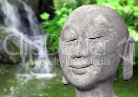 Stein Buddha im Garten