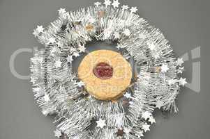Plätzchen in Weihnachtsdekor