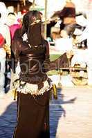 Frau in Marrakesch Platz Djemaa el Fna 250
