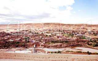 Marokko Landschaft mit Atlasgebirge 857