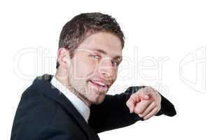 Geschäftsmann richtet den Finger auf die Kamera