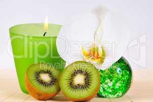 Wellness Kerze grün Spa Kosmetik