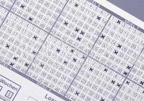 Lotterie Schein mit Kreuzchen