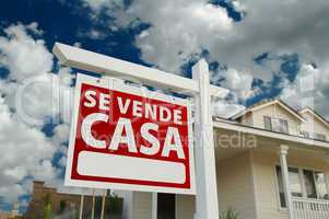 Se Vende Casa Spanish Real Estate Sign and House