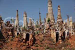 alte Pagoden und Stupas in Burma