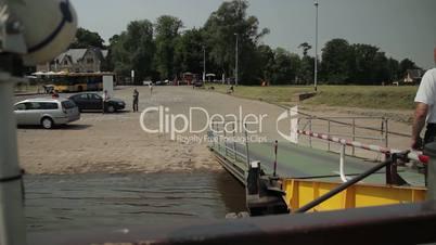 Fähre Pillnitz Dresden Elbe Zeitraffer v1