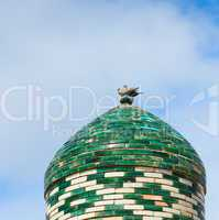 Two doves on the top of minaret