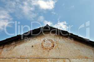neoclassical house roof