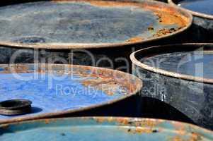 rusty barrels macro