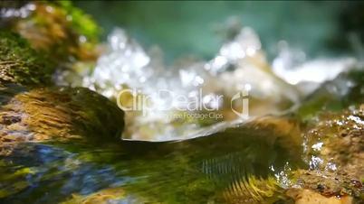 Waterfall Effect flowing water LOOPING