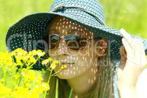 portrait girl in hat and spectacles