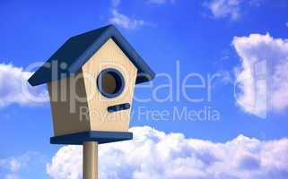 Blaues Vogelhaus im Sommer