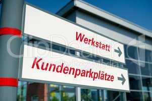 Hinweisschilder Werkstatt und Kundenparkplatz Signs workshop and